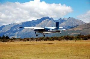 紐西蘭南島遊記第6天-教堂巡禮、跳傘、騎馬