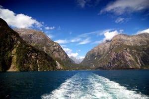 紐西蘭南島遊記第7天-米佛峽灣、蒂阿瑙螢火蟲洞