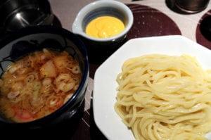 [09春-日本] 東京中目黑第一的拉麵:三ツ矢堂製麺