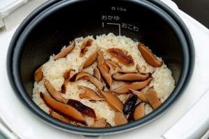 自己做香菇飯,好好吃