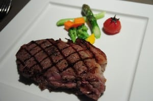 遠企 38F 的馬可波羅餐廳牛排餐