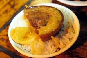 彰化人氣小吃阿章爌肉飯