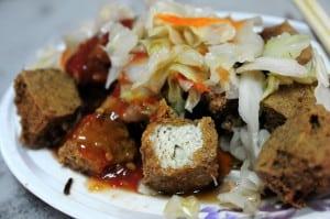 宜蘭羅東林場肉焿與雙胞胎、香廚米粉粳(羹)臭豆腐