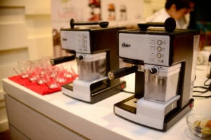 Oster 奶泡大師義式咖啡機體驗會,方便時尚的咖啡機