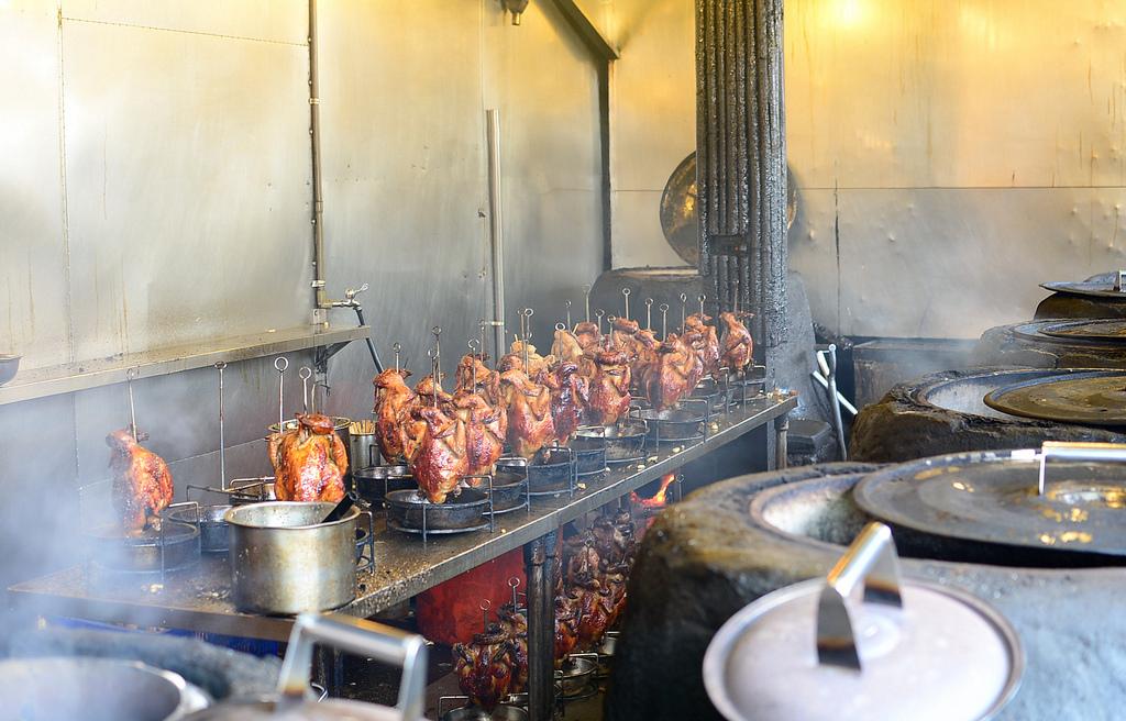 頭城交流道旁人氣餐廳甕窯雞