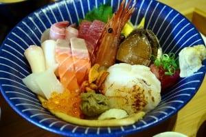 串鳥二店 - 超豪華海鮮丼午餐定食