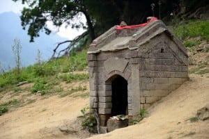2015年春季旱災,桃園石門水庫百年土地公廟重見天日(含路線攻略指南)