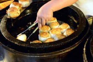 有一家煎包 - 中和廟口人氣銅板排隊美食,水餃也好吃