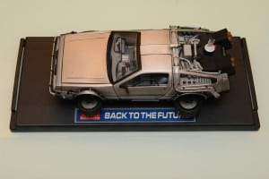 回到未來模型車 - 夢幻逸品 DeLorean DMC-12