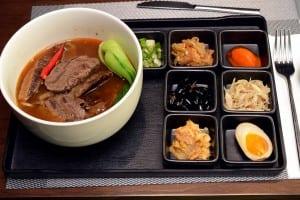 台北有園飯店 U HOTEL Taipei 私房牛肉麵與香烤豬腳值得品嚐
