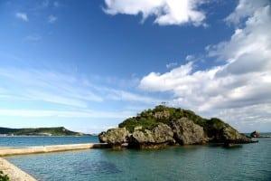 沖繩 阿摩美久之墓 / 志仁禮久靈場 求姻緣、求子、安產