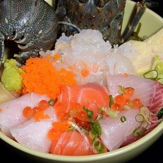 串鳥生龍蝦海鮮丼