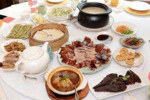 華泰王子九華樓全鴨匯,可以品嚐到九道鴨料理的豪華饗宴