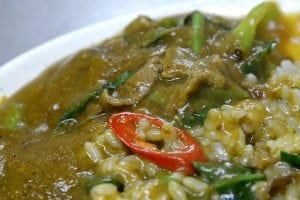 牛肉德沙茶炒牛肉 燴飯好吃牛肉湯更是值得專程造訪 遠東小吃店 基隆美食