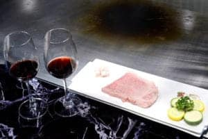 夏慕尼鐵板燒 日本A5頂級和牛紅酒餐