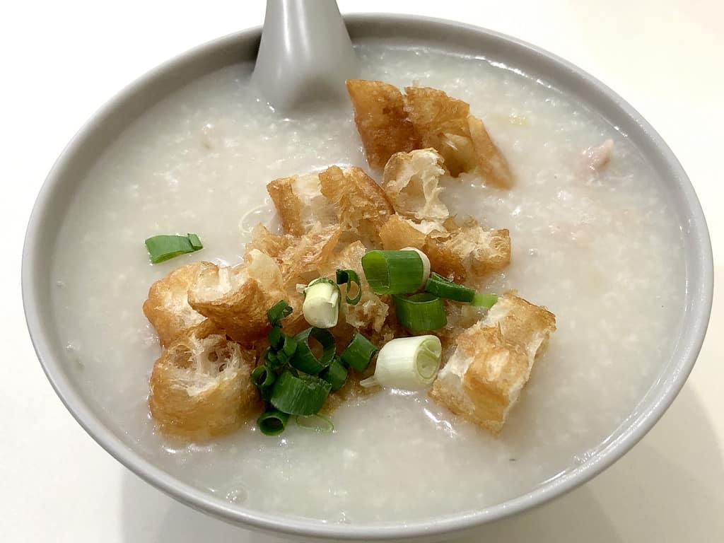 香港廣東粥麵粉飯 仁愛路超過40年的老店
