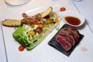 歐華酒店假日牛排餐 美國45天濕式熟成牛排與多樣甜點一次大滿足