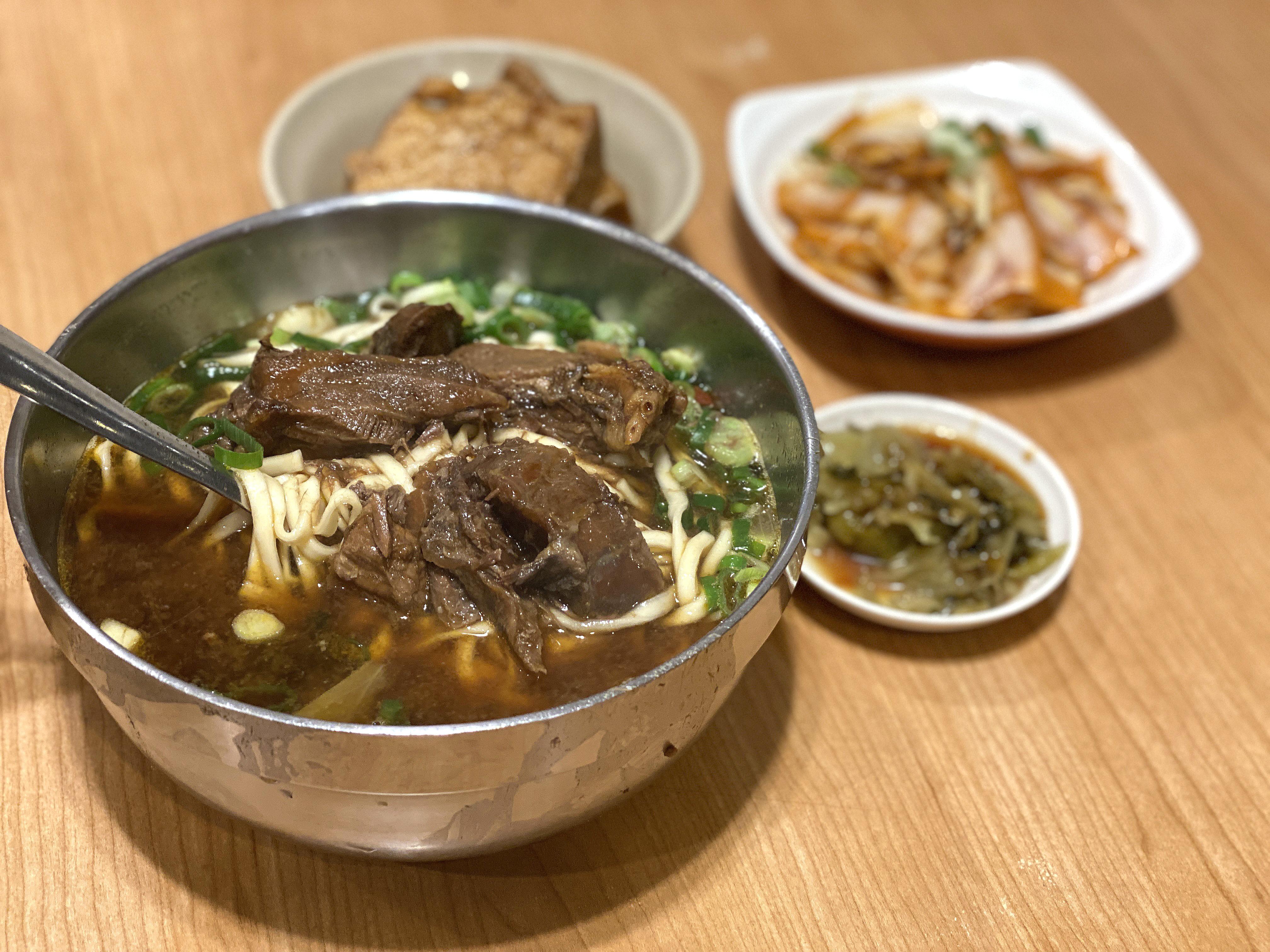 豆花吃到飽的老皮牛肉麵 新竹湖口新豐美食